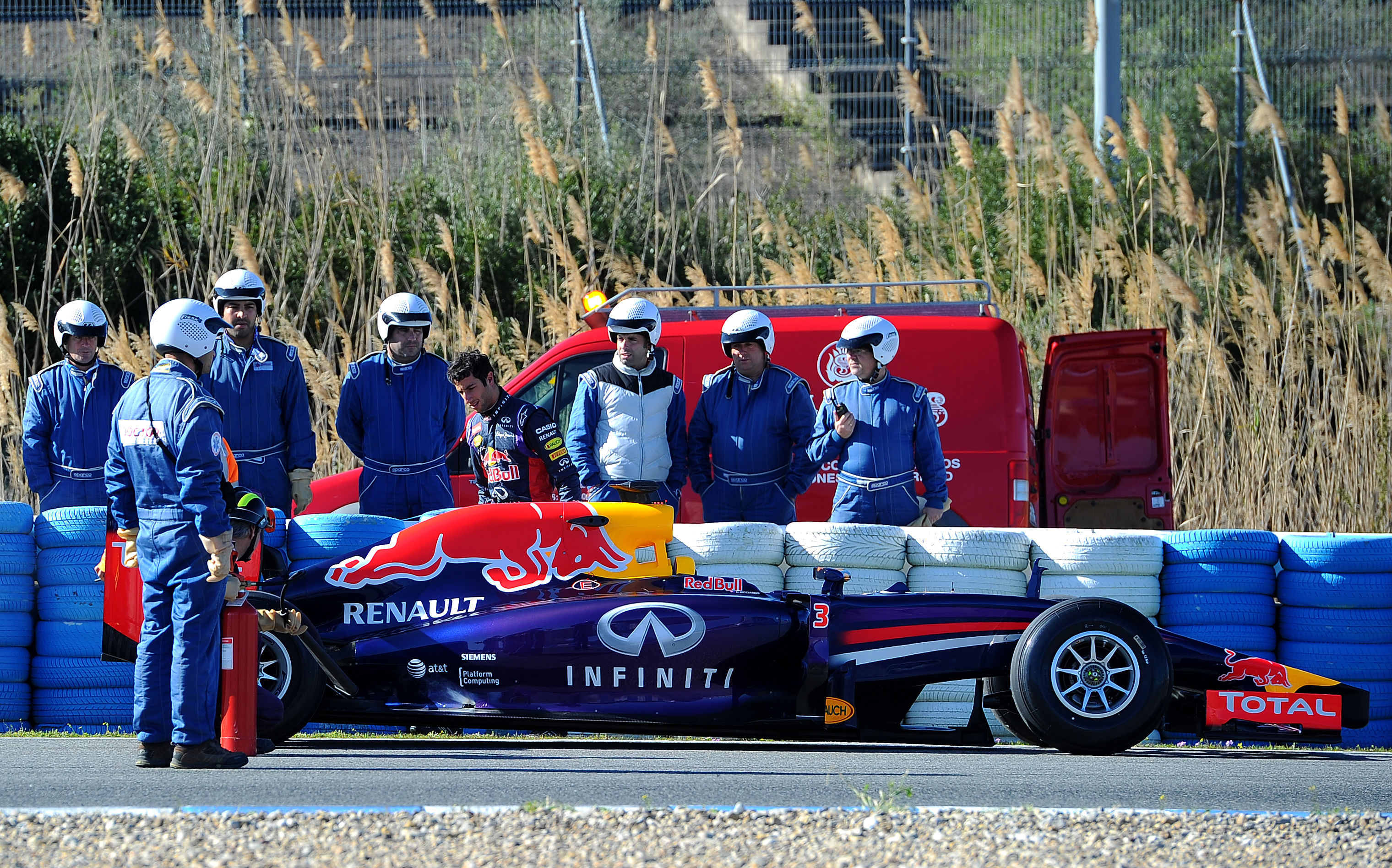 Formula One - 2014 Testing - Day Three - Circuito de Jerez